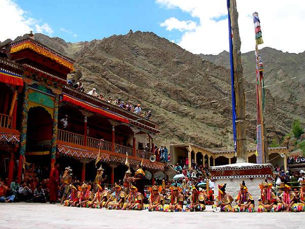 27-1385532410-hemis-monastery