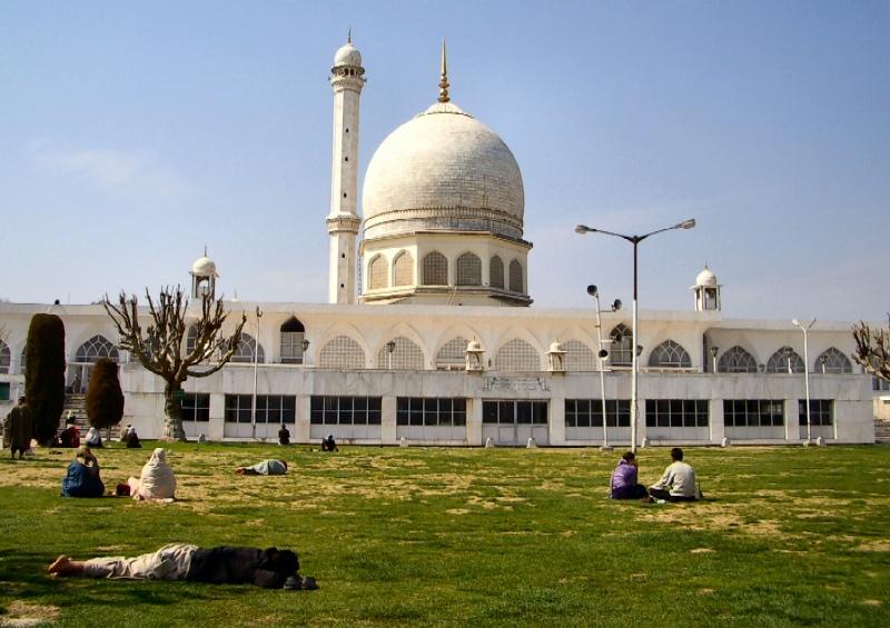 hazratbal_mosque002