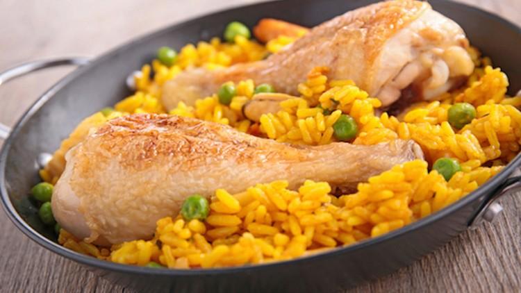 cuban-style-soupy-arroz-con-pollo-recipe_hero