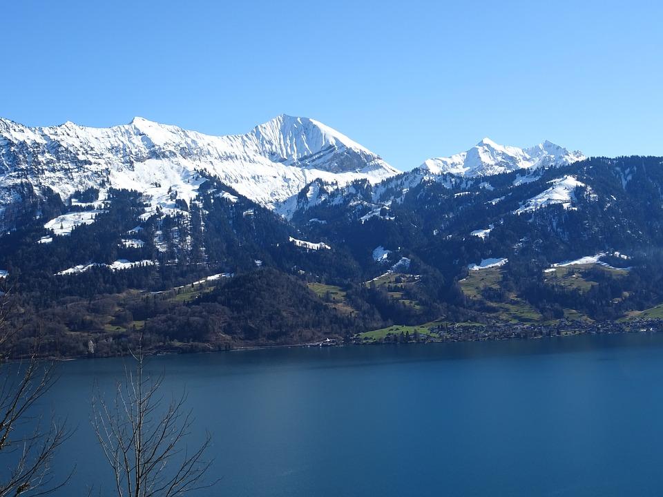 mountains-1637942_960_720